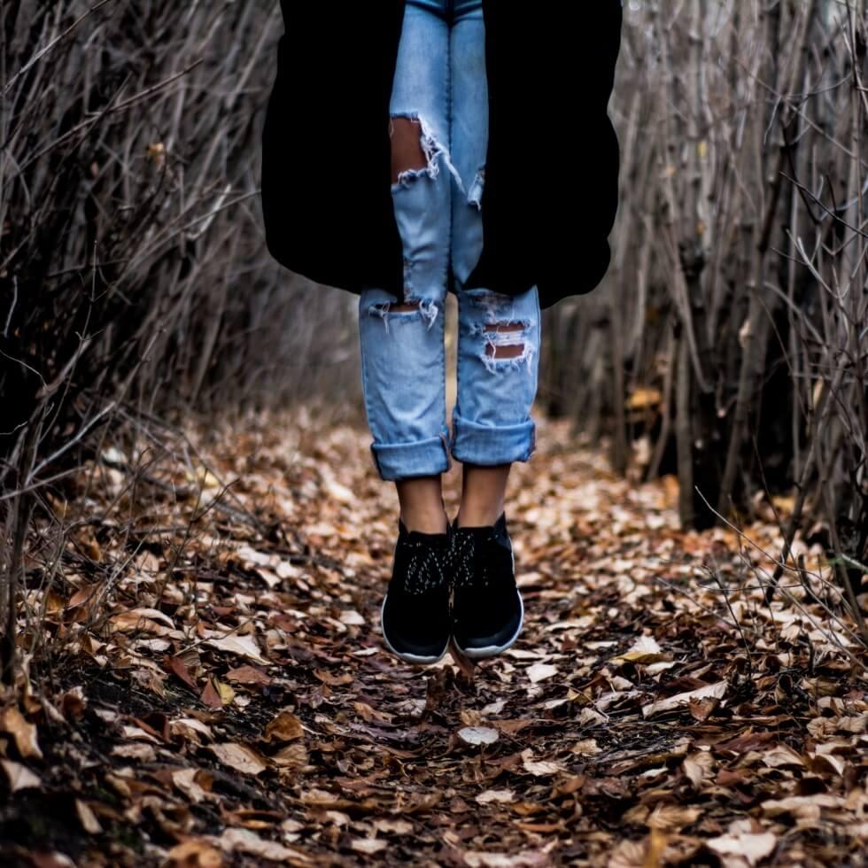 forest-path-girl-levitation