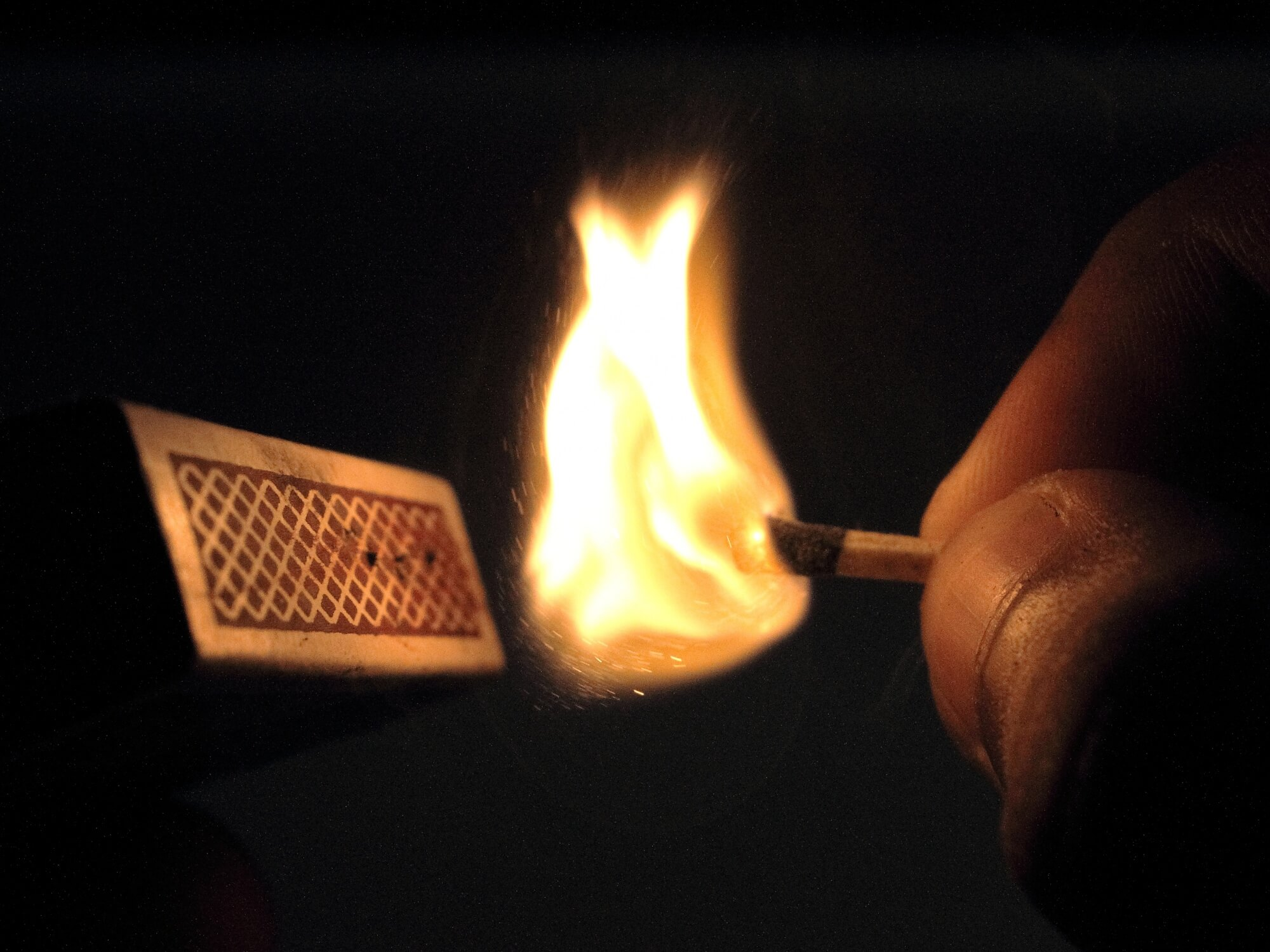 Match_stick_fire-maya.bg